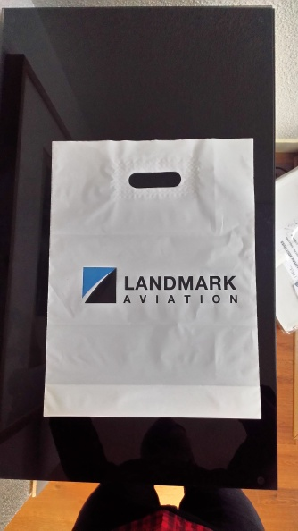Plastique-Landmark-Aviation.jpg