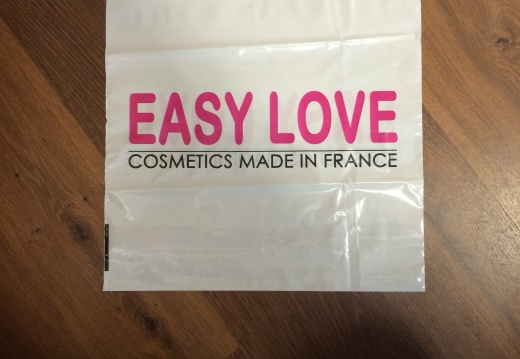 Plastique-Easy-Love